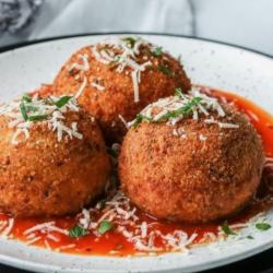 Italian Rice Balls (Arancini)